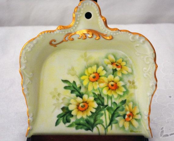 Vintage Handpainted China Dustpan