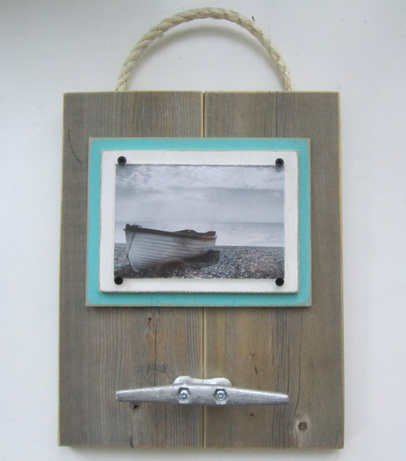 Natural Wood Plank Frame for 4x6 Photo with White & Turquoise Mats, Rope, Boat Cleat