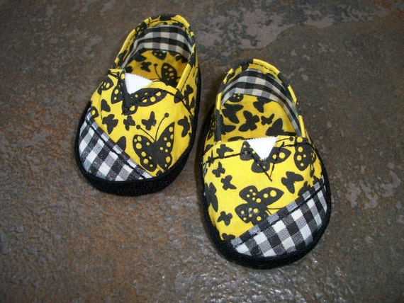 "American Girl Doll Shoes--Butterflies & Checks ""Janes"" Shoes"