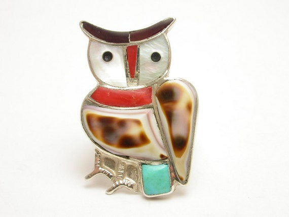 Sterling Silver Vintage Owl ring with Mother of pearl and Turquoise stones
