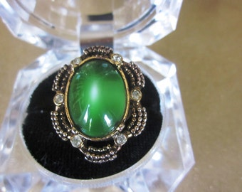 SALE Vintage Green Cabochon and Rhinestone Adjustable Ring Size 7