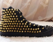 The gold studed personality fashion shoes