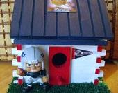 NFL New England Patroit Log Cabin Bird Hous