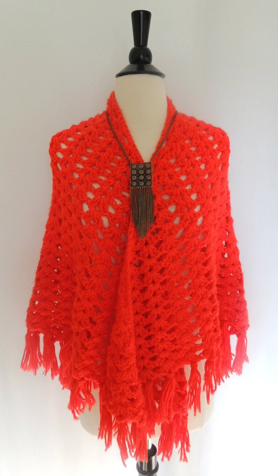 SALE TODAY ONLY Vintage 70s Crochet Shawl with Fringe