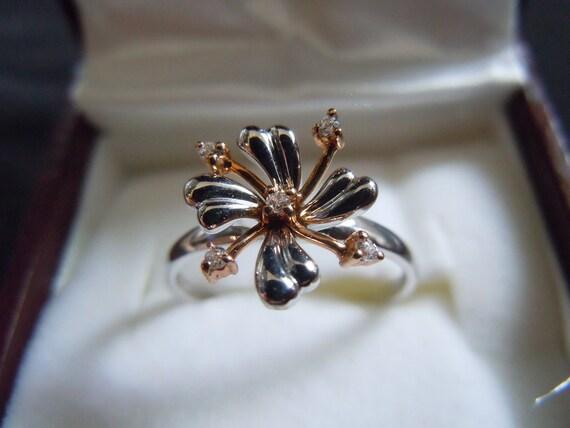 Vintage  English Flower Burst  Design Ring in white and Rose Gold