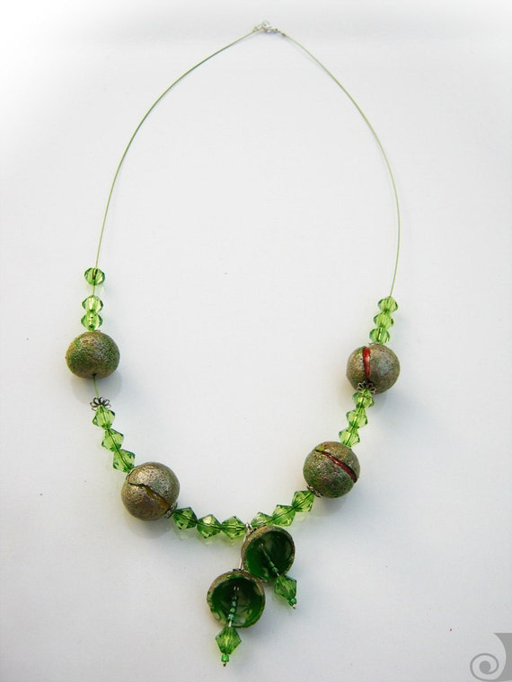 Cracked Berries - Polymer Clay Beads Necklace