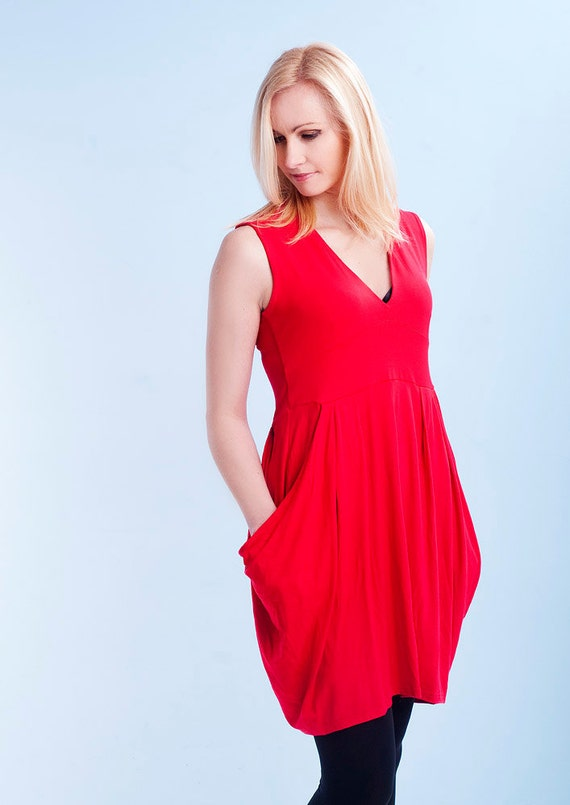 Red sleeveless summer tunic