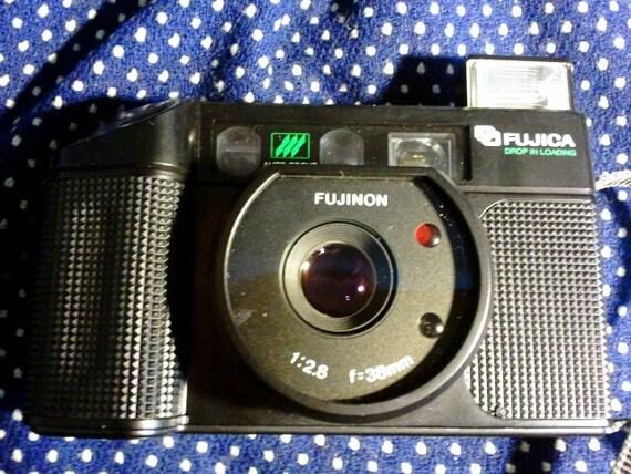 Fuji Fujica Fujinon DL-100 Camera - takes 35mm film