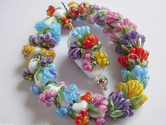 Monte Verdi Lampwork Beads- Made To Order - Beads Without Weeds -Stunning Companions, Wedding Cake Style