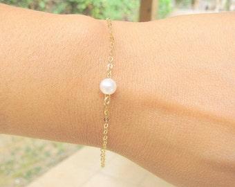 SALE - Pearl Bracelet - Pearl bracelet gold - Freshwater pearl bracelet - Bridesmaids bracelet - bridal bracelet - Dainty pearl bracelet