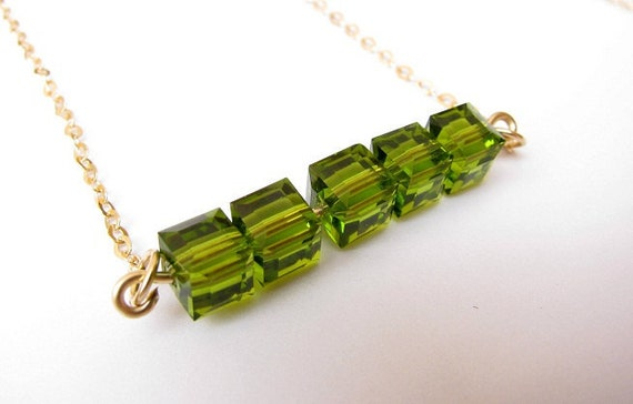 Peridot Gold necklace - Peridot necklace, peridot bar necklace, Green necklace, Bar pendaant necklace, August birthstone
