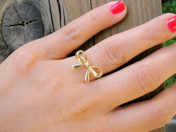 Bow gold ring, Size 7.5, bow ring, gold ring, thin delicate ring, bridal jewelry,best friends ring, forget me knot ring