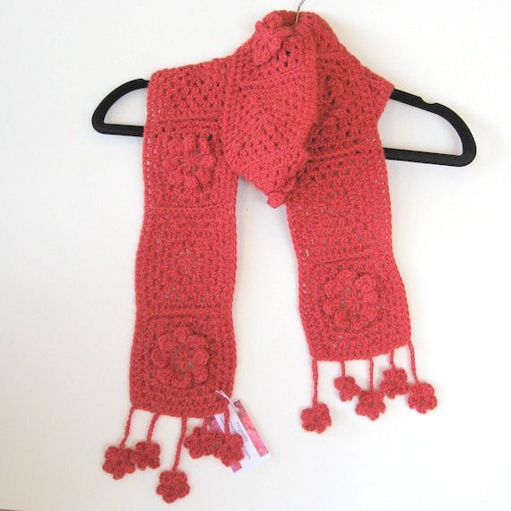 Scarf in rose pink alpaca and wool with granny squares and crochet flowers.  Hand crocheted. Warm and cosy. Unique. Own design. OOAK.