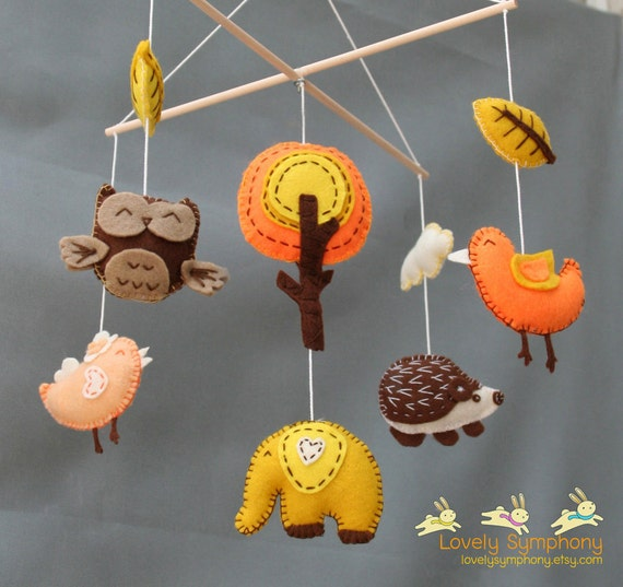 Autumn baby mobile- Forest baby mobile- Autumn animals mobile