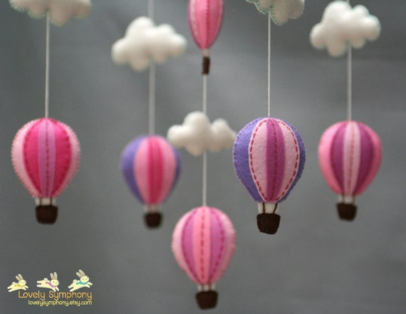 Berry hot air balloons baby mobile - Sweet hot air balloons babymobile - Hot air balloons