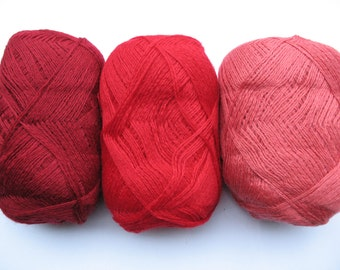 Wool Acrylic Yarn Skeins - raspberry pink red burgundy 300 gr (10.6 oz ), approximately 407 yds
