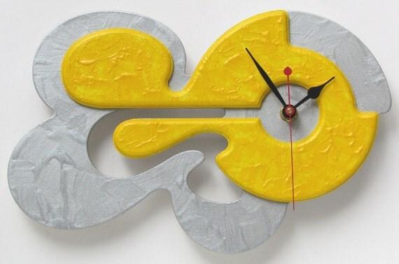 Unique Modern Art Wall Clock