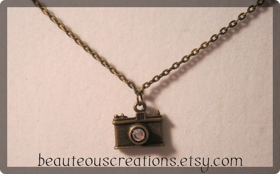 A Picture is Worth a Thousand Words Necklace (small pendant)