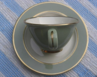 Taylor Smith  Taylor Classic Heritage - Celadon Green - Teacups and Saucers - Set of 4 (2 sets available)