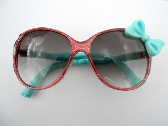 Sass-n-Bows Sunglasses - Re-style