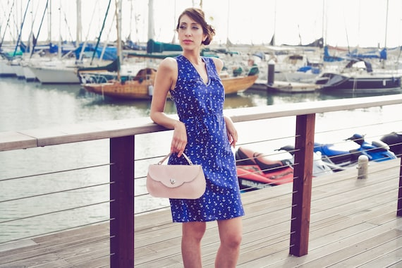 Effortless chic summer dress - 100% cotton dress in blue with white anchor print w/ belt
