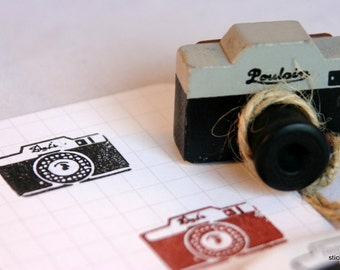 Vintage Look Wooden 35mm Camera  Stamp from Japan - POULAIN version...project life
