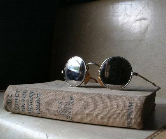 Vintage Round Sunglasses Mirrored