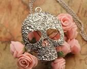skull necklace,retro silver big skull alloy necklace---N021