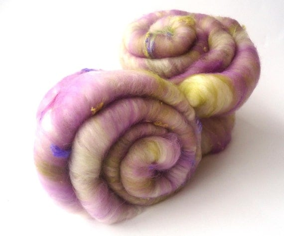 Lilac Art batt - Merino wool - Spinning - Felting - 100g - 3.5oz - MISTY MORNING