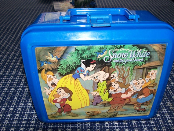 Vintage Snow White Lunch Box and Thermos