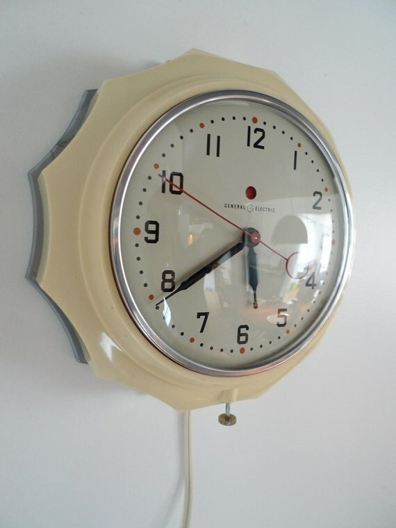 General Electric Wall Clock