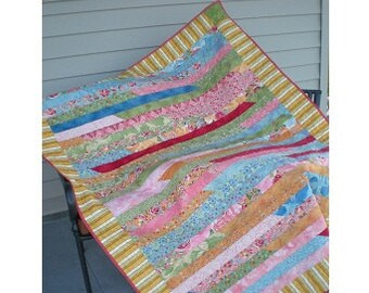 Popular items for strip quilt patterns on Etsy