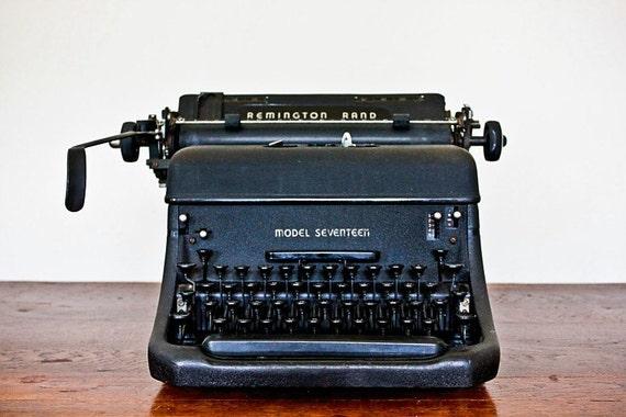 Remington Rand Model Seventeen Typewriter Wwii Era