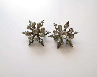 2 Vintage Rhinestone Brooches NO MISSING STONES