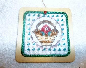 Christmas Morning Basket Ornament