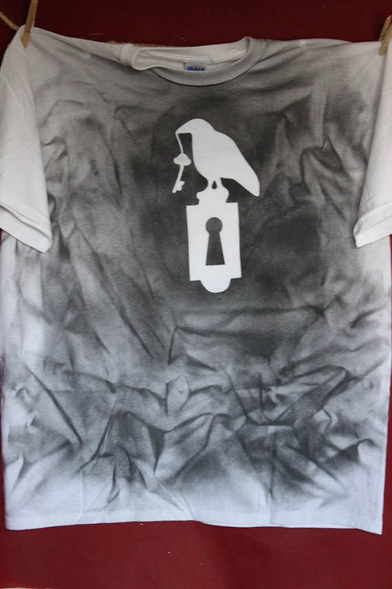 Raven Holds the Key spray painted - 60.4KB