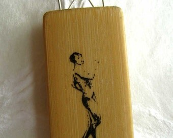 jewelry pendant woman image on bamboo bead