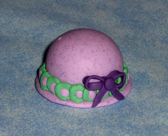Mini Purple Bonnet With Green Flowers And Bow Figurine