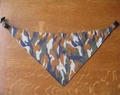 Reversible, adjustable, washable dog bandana - Small