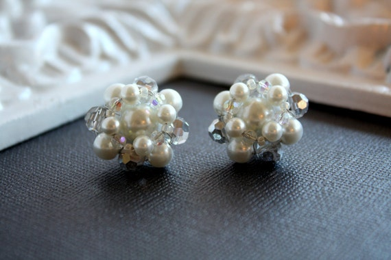 Bridal Earrings - White Pearl Earrings - Ivory Pearl Earrings - Vintage Earrings - Sophia