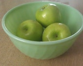 Jadeite mixing, nesting bowl