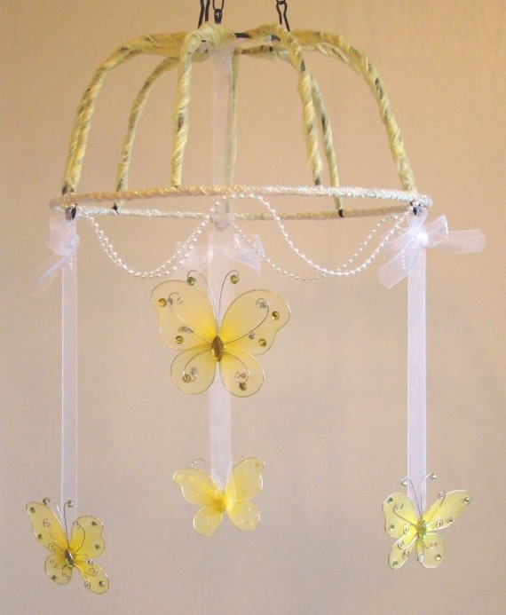 Mobile / Yellow Butterfly / Nursery Decor