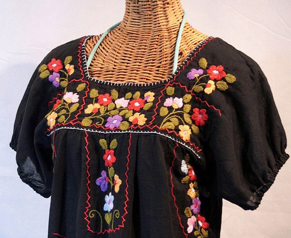 "Mexican Peasant Top Blouse Hand Embroidered: ""La Belleza"" Black"