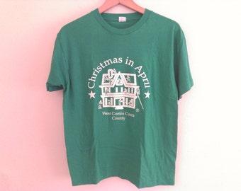 80s vintage eighties green tshirt xmas Christmas in April