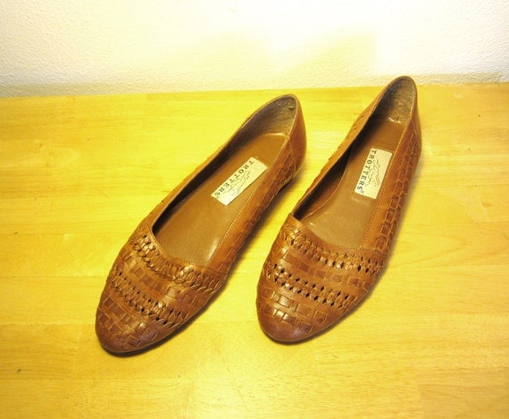 Vintage Brown Woven Loafer Flats Size 6