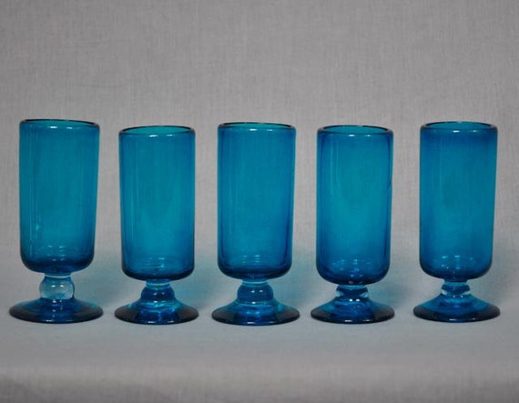 Electric Blue Blown Glass Cordial Glasses - Vintage Barware - Set of 5 Glasses