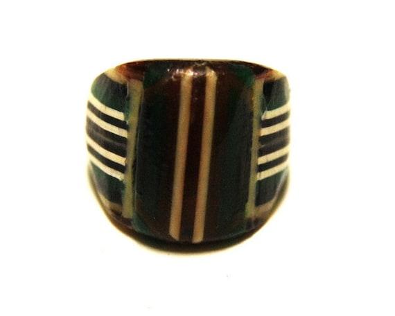 Vintage Celluloid Bakelite Folk Art Prison Ring (Size 7)