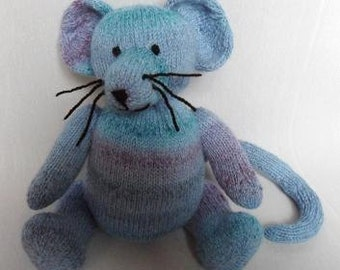 Marble Mouse knitting pattern DOWNLOAD double knitting light worsted weight