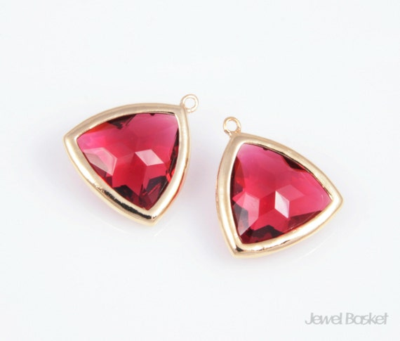 MARKDOWN - Ruby Color and Gold Framed Glass Triangle Pendent - 2pcs Ruby Color Triangle Pendant 15x18mm / SREG005-P