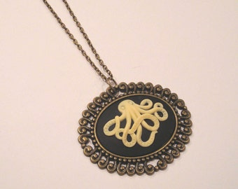 Nautical Octopus Cameo Necklace on Vintage Bronze Tone Necklace - Seaside, Ocean, Marine Theme